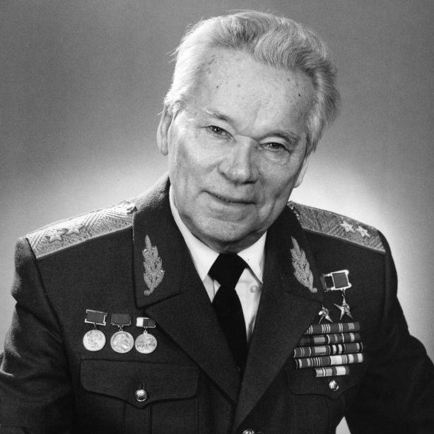 генерал армии макаров