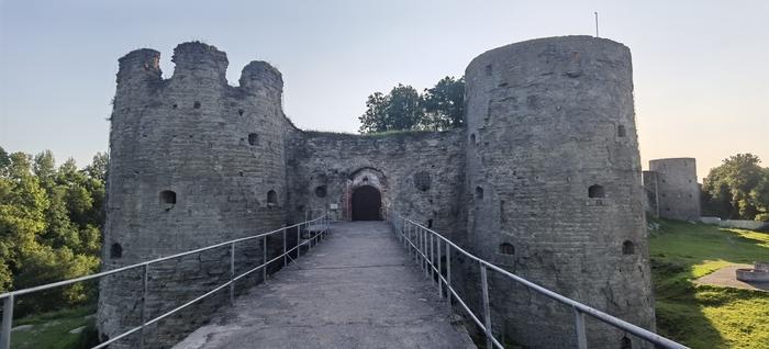 про замок