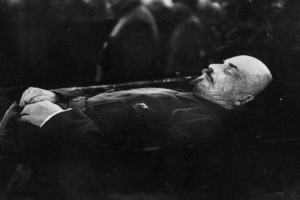 сколько лет было сталину на момент смерти