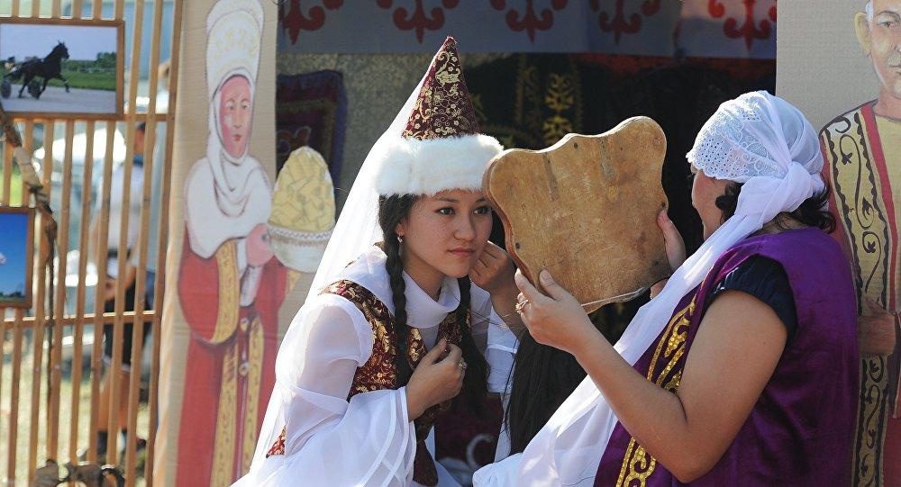 народный костюм украины