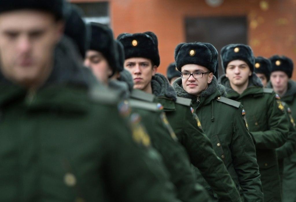 сколько служат в россии