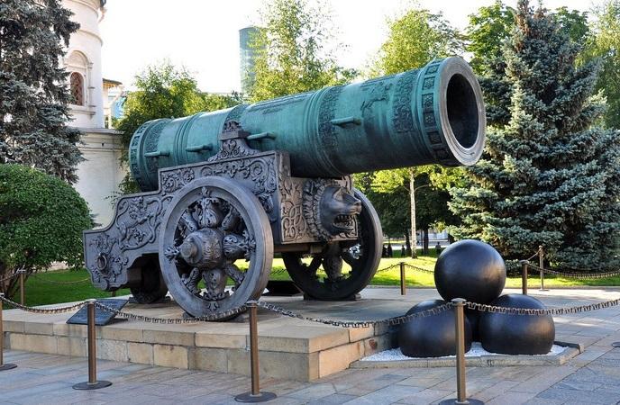памятник царь пушка