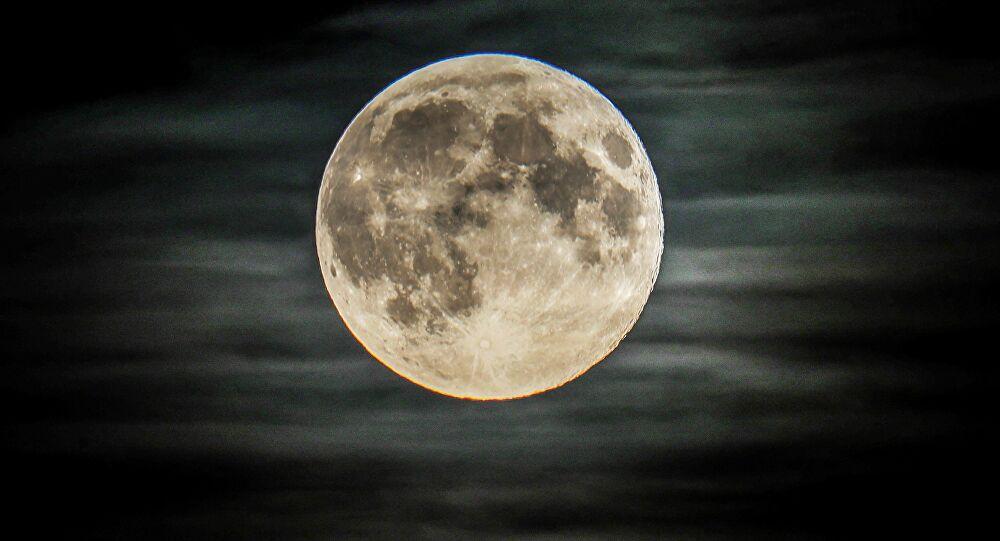 сколько раз люди летали на луну