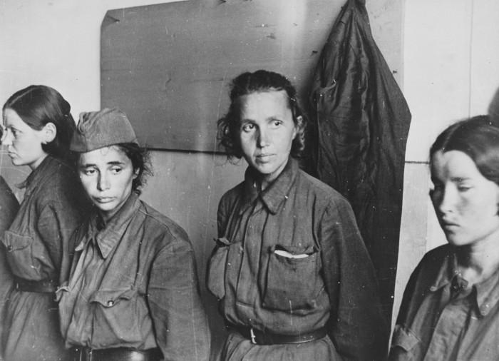 девушки на войне