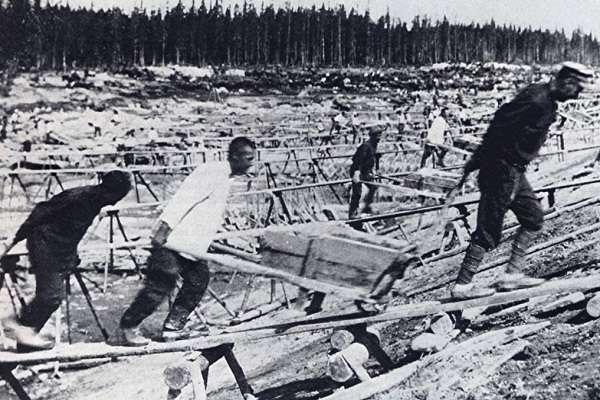сколько было репрессировано при сталине