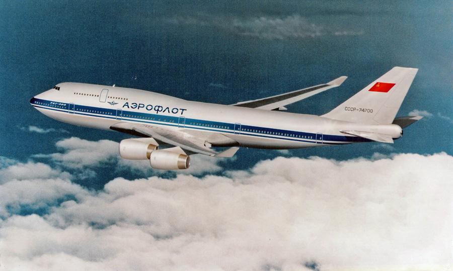 сколько весит самолет боинг 737