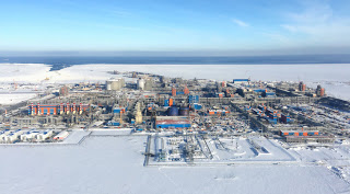 гигантский завод