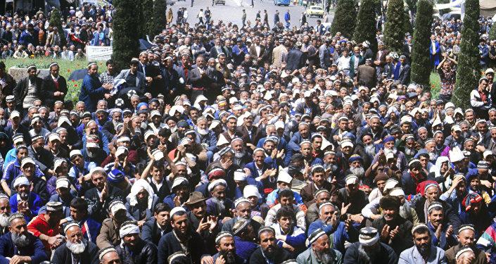 революция в таджикистане