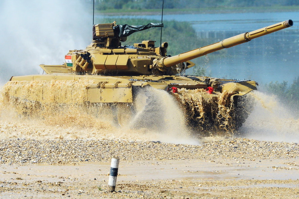 сколько танков в полку