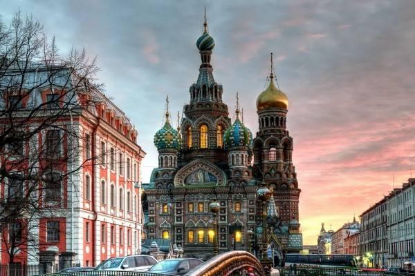 сколько лет санкт петербург был столицей россии