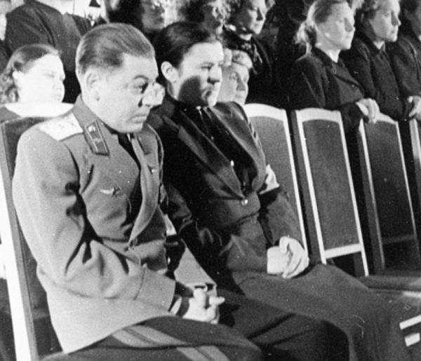 внуки сталина фото