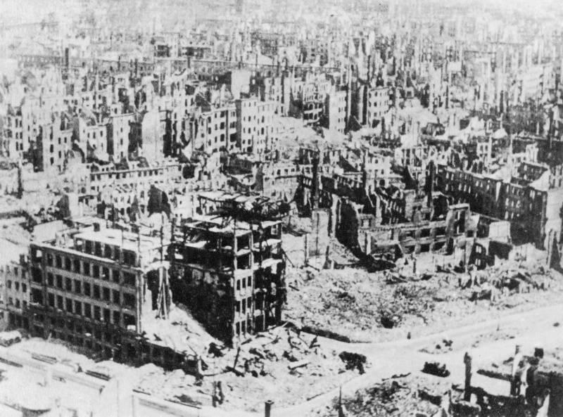 бомбежка дрездена в 1945