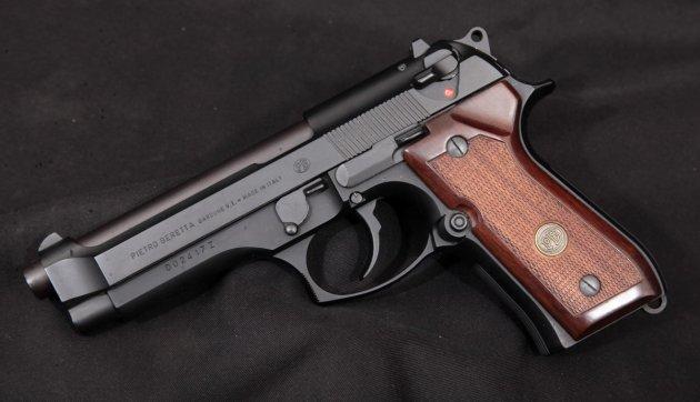 большие пистолеты