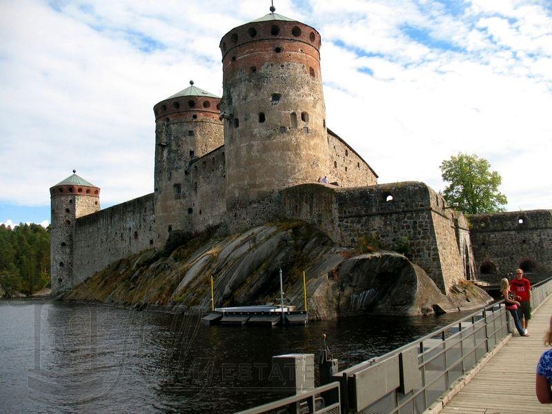 где строили замки