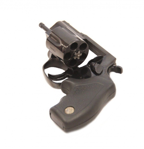 травматический револьвер таурус