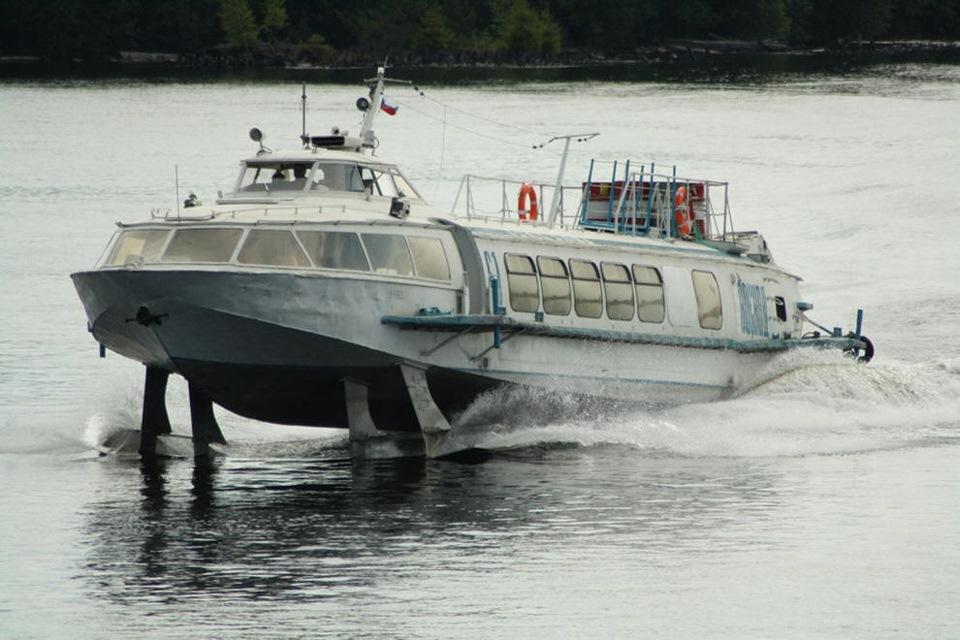 катер ракета на подводных крыльях