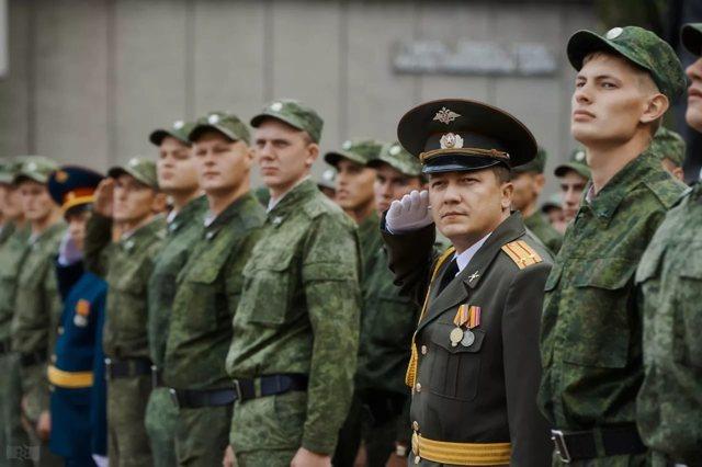 увеличение денежного довольствия военнослужащим