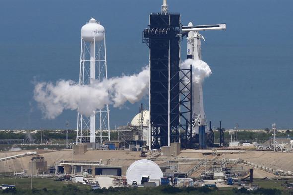запуск космического корабля сегодня