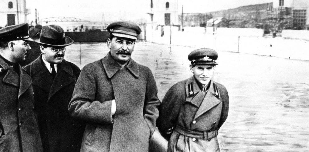 количество жертв сталинских репрессий