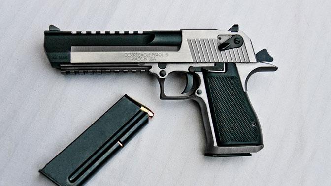 пистолет с длинным стволом