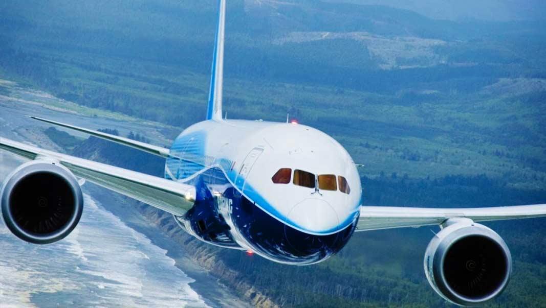 маленький пассажирский самолет