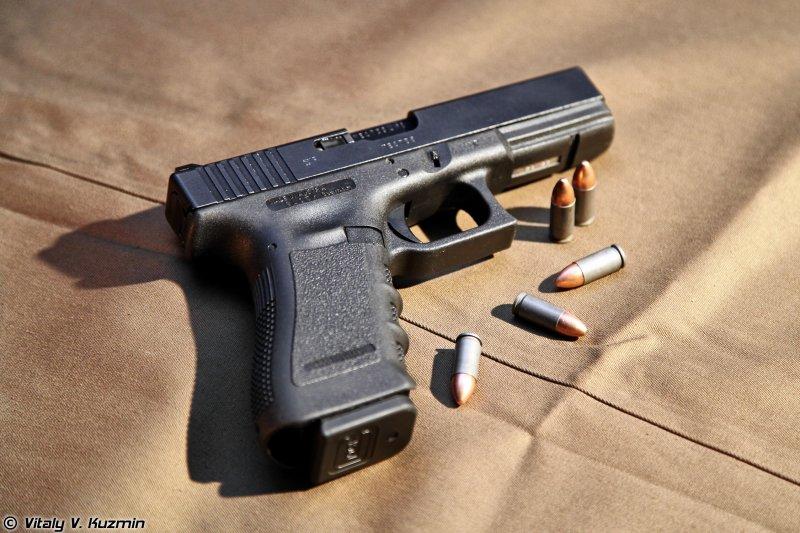 травматический пистолет глок 17