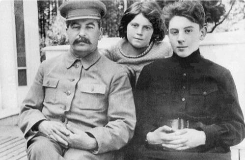 внуки сталина и их судьба