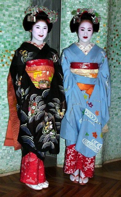 японка в национальном костюме
