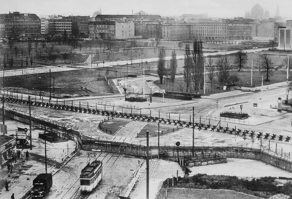 берлинская стена падение