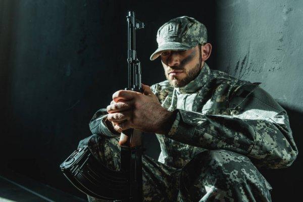 лексическое значение слова солдат