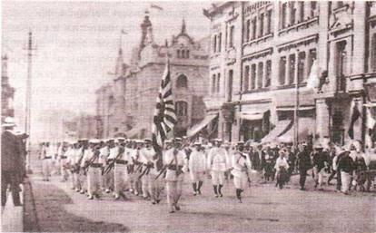 представители белых и красных в гражданской войне