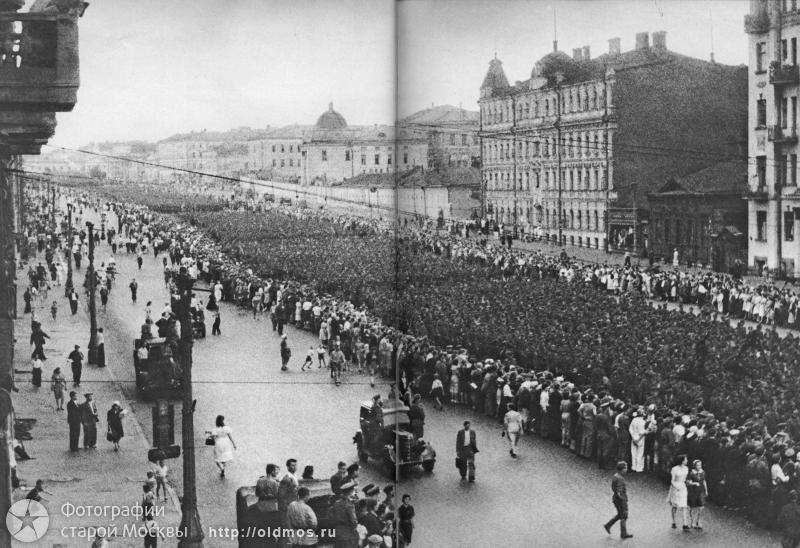пленные немцы в москве 1944