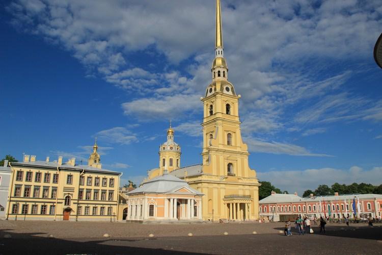 когда петербург стал столицей россии
