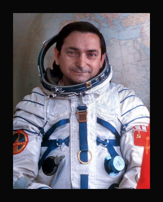 валерий быковский космонавт
