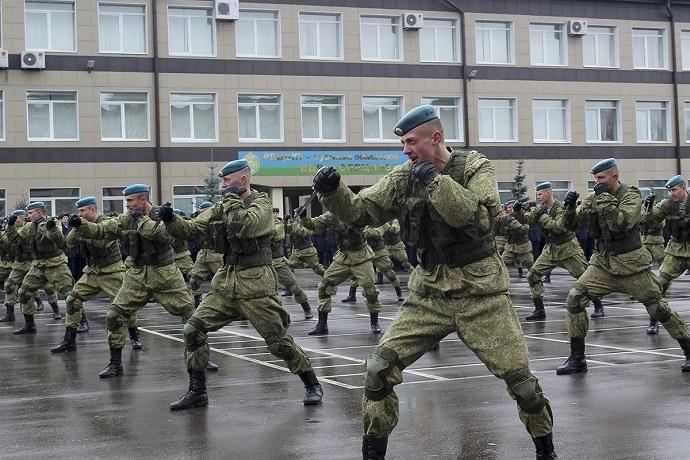 сколько лет служат в армии в россии