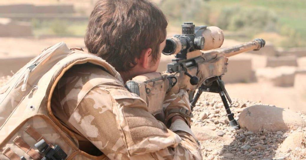 самый дальний снайперский выстрел в истории