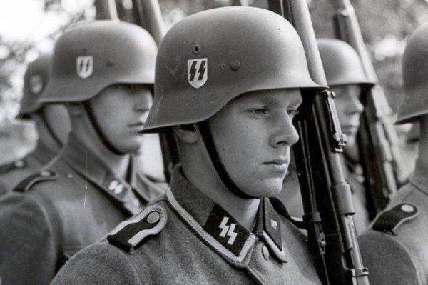 форма солдата сс