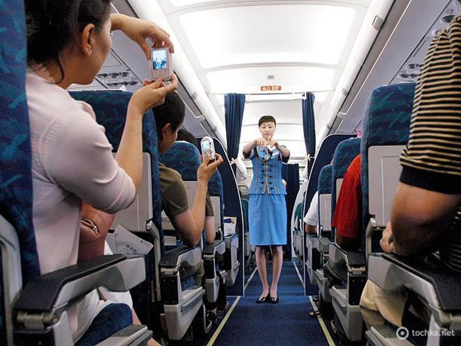 нужно ли отключать телефон в самолете