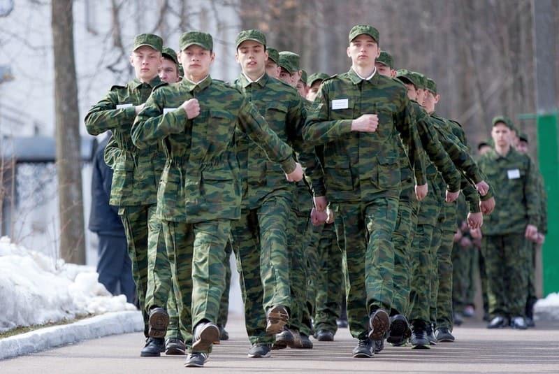до скольки лет призывают на военные сборы