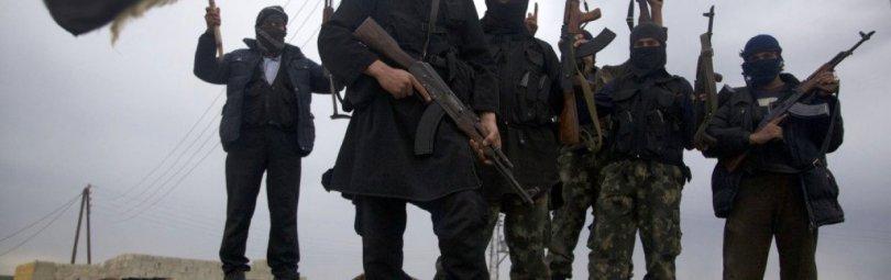 Арабские террористы с автоматами