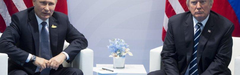 Путин и Трамп за столом