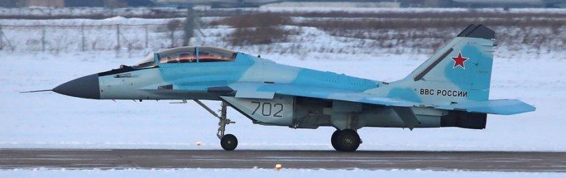 МиГ-35 на ВПП