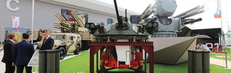 Экспозиция российского оружия