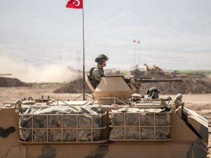 Армия Турции в пустыне